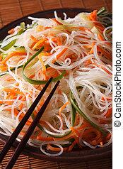 celofán, pepino, vertical, zanahoria, ensalada, fideo, macro.