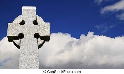 celtique, nuages, croix, boucle