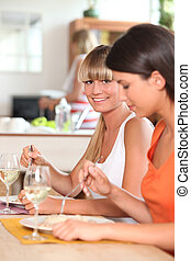 cena, comida, juntos, mujeres