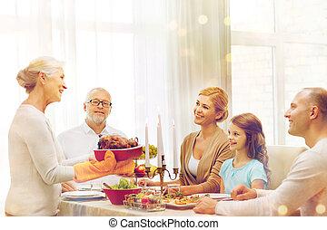 cena famiglia, casa, sorridente, vacanza, detenere