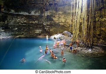 cenote, cueva, en, méxico
