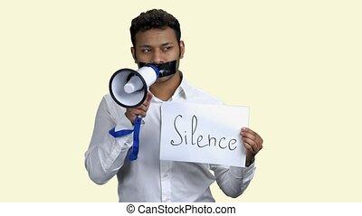 censuré, protestataire, megaphone., mâle