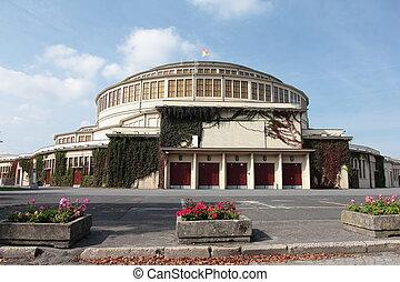 centennial hall in Wroclaw