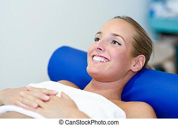 center., 患者, 若い, ベッド, 物理療法, 女性