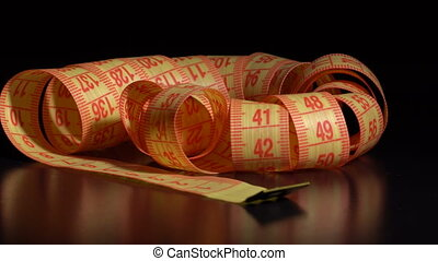 Centimeter rotates on the table - Centimeter rotate on a...