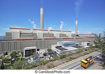 central eléctrica encendida carbón, y, coche, mudanza