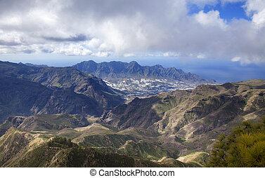 central Gran Canaria, view from the top of Montana de Altavista (aboriginal name Azaenegue) toward La Aldea de San Nicolas
