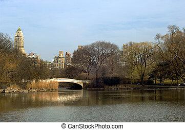 Central park - Bridge over lake in New York City Central ...