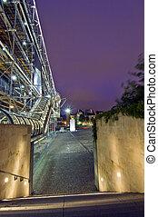 Centre Pompidu - The steel structure of the Centre Pompidu...