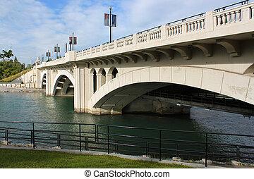 Centre street bridge, Calgary