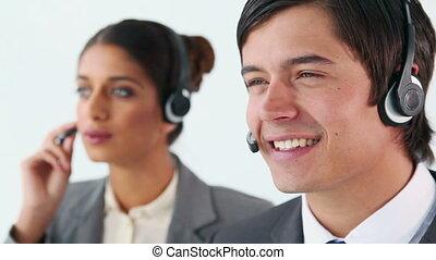 centre, utilisation, sourire, appeler, agents, ecouteurs