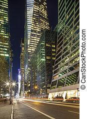 centro de la ciudad, rascacielos, manhattan:, calle, gente