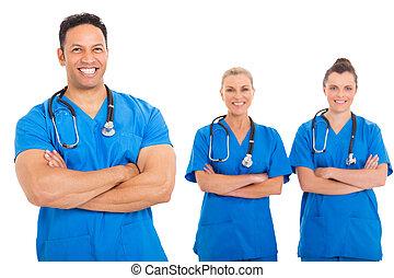 centro envejecido, doctor, con, equipo médico