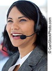 centrum, het glimlachen, roepen, businesswoman
