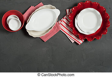 Ceramic Bakeware, Ovenware. Bakery Kit. Ruffled Pie Dish.