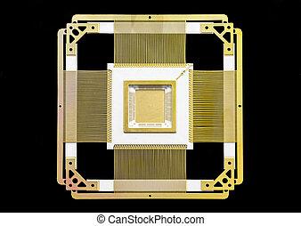 ceramic-metal case of a chip