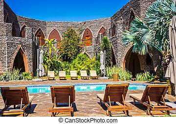 cercado, loungers sol, pátio, piscina, natação