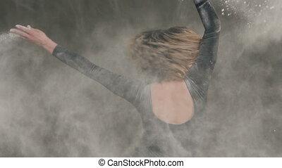 cercles, gris, autour de, danse, danseur, lumière, poussière, arrière-plan., poudre, intérieur, noir, marques, femme, studio, girl, vêtements, elle-même, blanc, avant