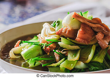 Cerdo, col rizada,  chianease, vegetales, frito, conmoción