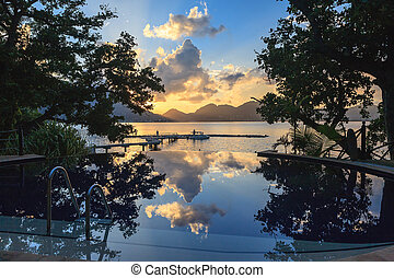 cerf, isola, tropicale, spiaggia tramonto, stagno