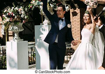 cerimônia, apenas, par, casado, alegre, casório