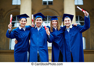 certificats, diplômés
