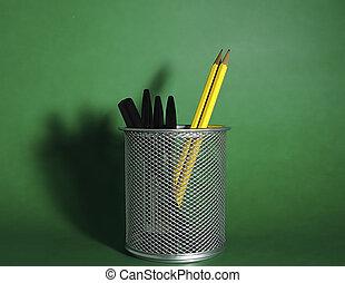 ceruzatartó, 1