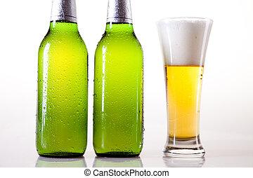 cerveja fria, garrafa