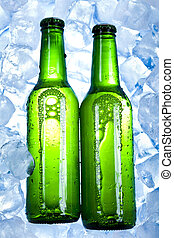 cerveja fria, garrafas