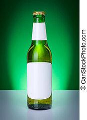 cerveza verde, botella, con, blanco, etiquetas