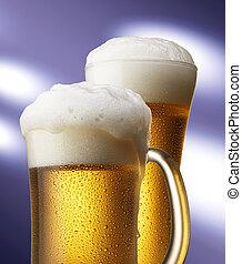 cervezas, en, jarra, y, vidrio