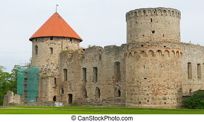 """Cesis castle, northern latvia, timelapse, zoom in, 4k"""