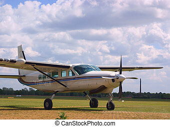 Cessna caravan (C208) waiting for it\\\'s next flight