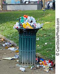 cesta, basura, parque, lleno
