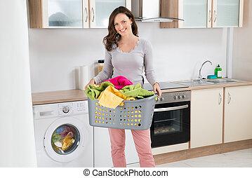 cesta, mujer, proceso de llevar, lavadero