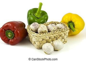cesta, pimentas, alhos, sino