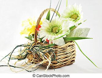 cesto, fiori primaverili
