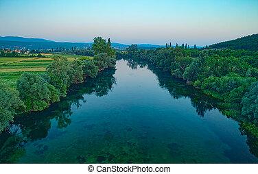 cetina, kroatien, luftaufnahmen, fluß, ansicht
