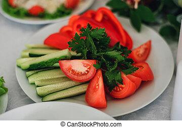 cetriolo, piastra, affettare, verdura, prezzemolo, pepe, pomodoro
