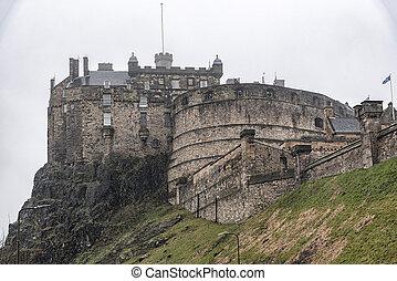 château edimbourg, pluie, brumeux