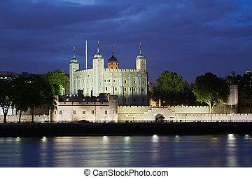 château, tour, londres, nuit