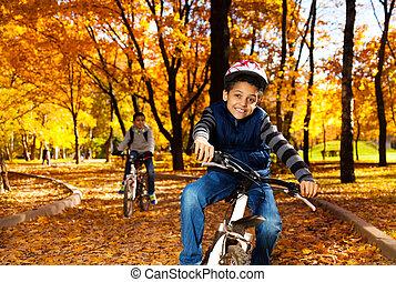 chłopiec, jazda, rower, brat
