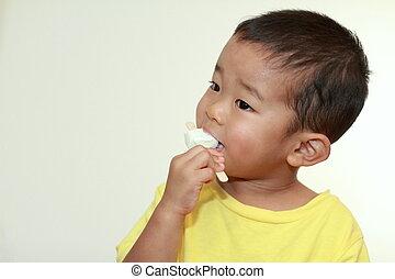 chłopiec, jedzenie, (3, japończyk, lód, lata, old), śmietanka