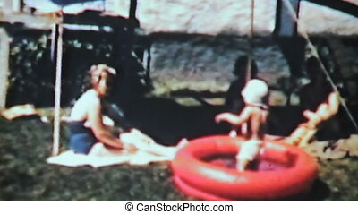 chłopiec, pływacki, w, kiddie, pool-1963