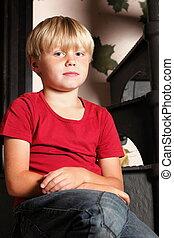 chłopiec, schody, posiedzenie