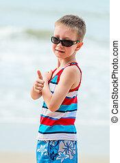 chłopiec, sunglasses, bardzo, urlop, morze, portret, szczęśliwy
