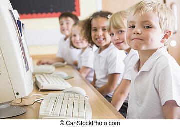chłopiec, szkoła, komputer, główny, pracujący