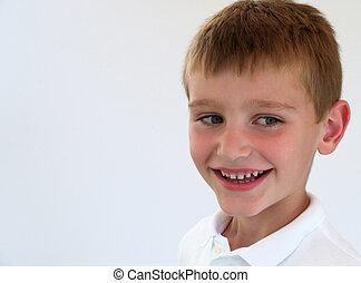chłopiec, uśmiechanie się
