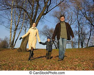 chůze, family., wood.