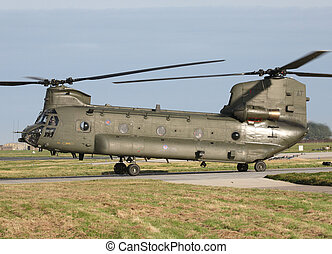 ch-47 chinook - royal airforce ch47 chinook taxing raf...